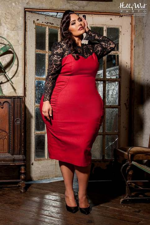 Pin up girl fashion plus size 26